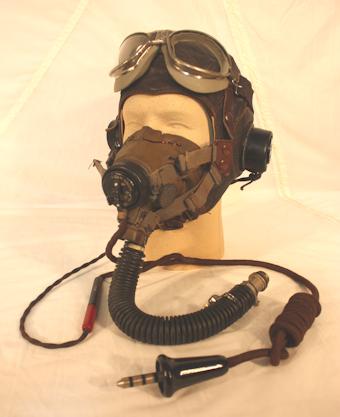 277da8513b (F-15) Shown above is the RAF type C 1942 pattern with B-7 goggles. The O2  mask is the RAF type G mask
